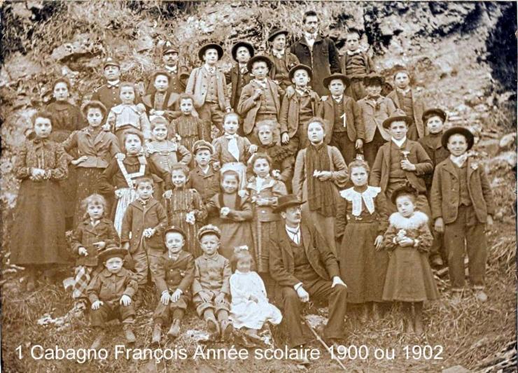 Année Scolaire 1900ou 1902 - Collection Bernard Woignier
